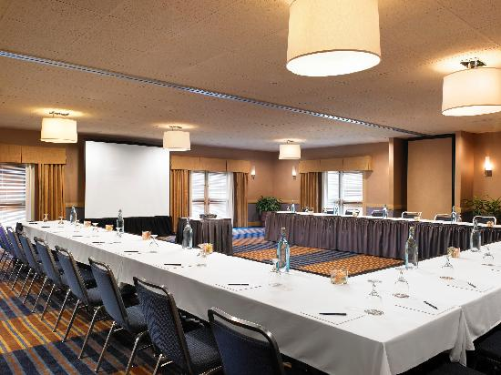 Four Points by Sheraton San Rafael: We offer many different meeting setups
