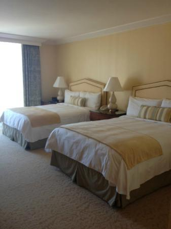 The Island Hotel Newport Beach: Standard Room