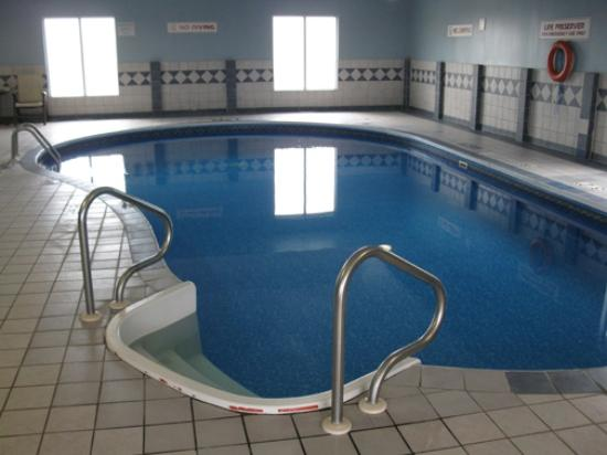 Holiday Inn Express Halifax / Bedford: Pool Area