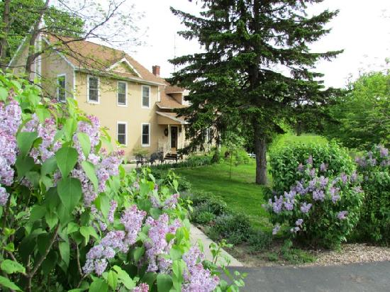 Brambleberry Bed & Breakfast: Brambleberry Bed and Breakfast