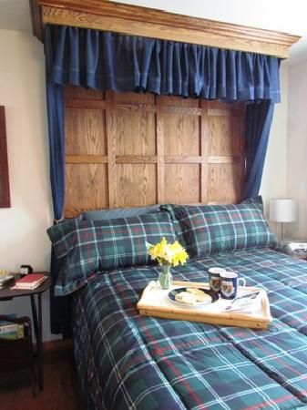 Brambleberry Bed & Breakfast: The Highland Room