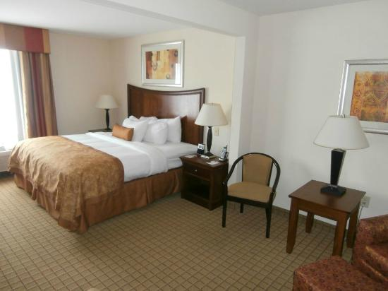 Wingate by Wyndham Savannah Airport: Room 205