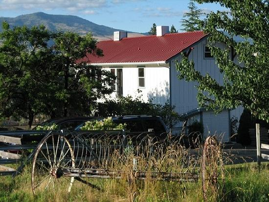 Photo of Country Willows Bed and Breakfast Inn Ashland