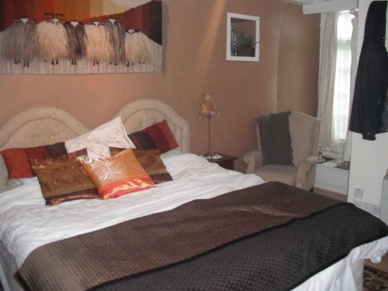 Pennycroft Guest House: home from home feel