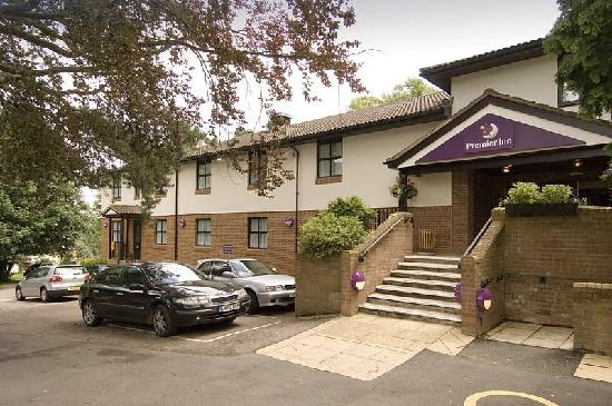 ‪Premier Inn Kings Langley‬