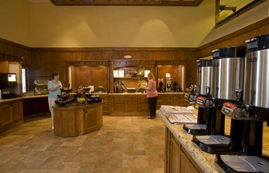 Cabot Lodge Jackson North: Complimentary Hospitality Reception