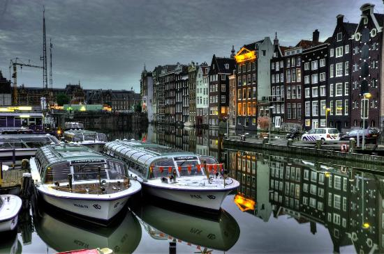 Hotel Multatuli: Amsterdam in the evening
