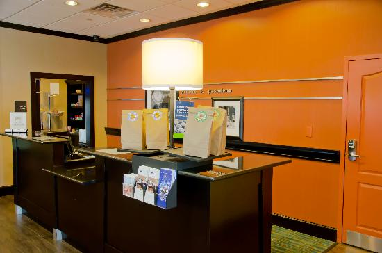 Hampton Inn & Suites Houston/Pasadena: Hampton Welcome