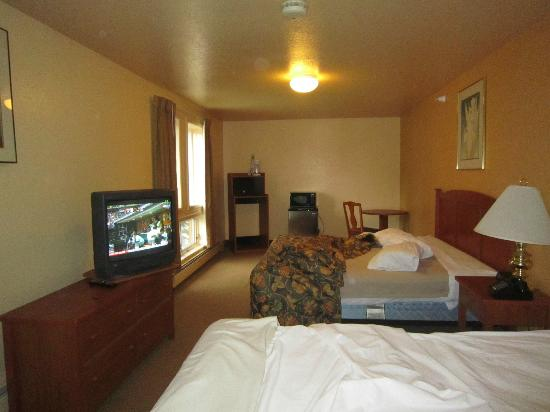 Long House Alaskan Hotel: The double suite