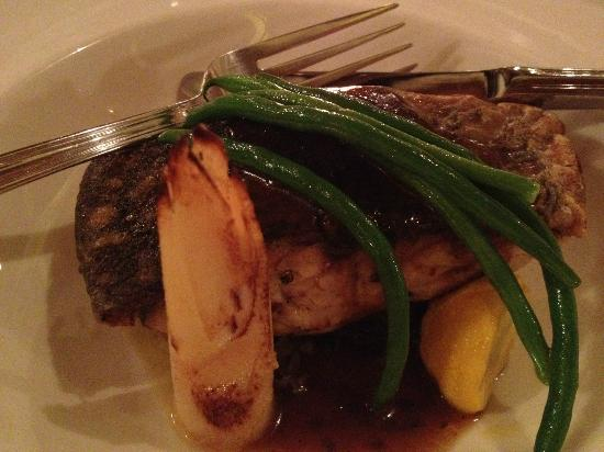 Broth : pan fried seabass