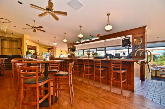 BEST WESTERN PLUS Agate Beach Inn: Rookies Sports Bar