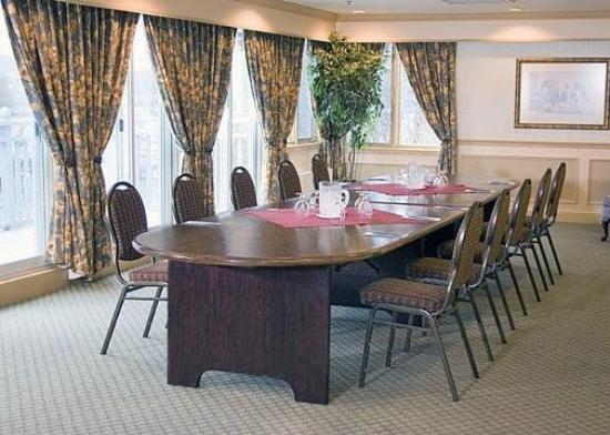 Fall River, Canada: Meeting Room -OpenTravel Alliance - Meeting Room-