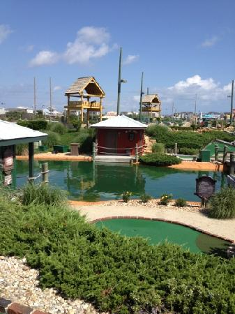 Mutiny Bay Adventure Golf
