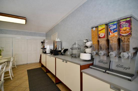 BEST WESTERN Santee Lodge: Breakfast Area
