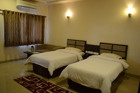 Photo of Hotel Surya Varanasi