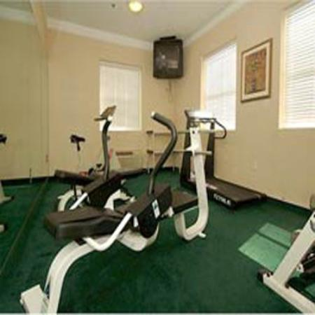 La Quinta Inn &amp; Suites Lafayette Oil Center: Fitness Center