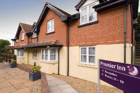 Premier Inn Newbury / Thatcham