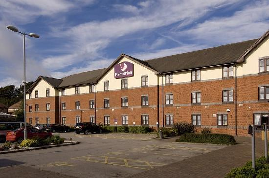 Premier Inn Newcastle-under-Lyme