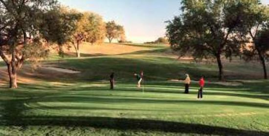 BEST WESTERN Tahlequah Inn: Golf Course