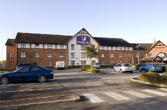 ‪Premier Inn Preston East‬