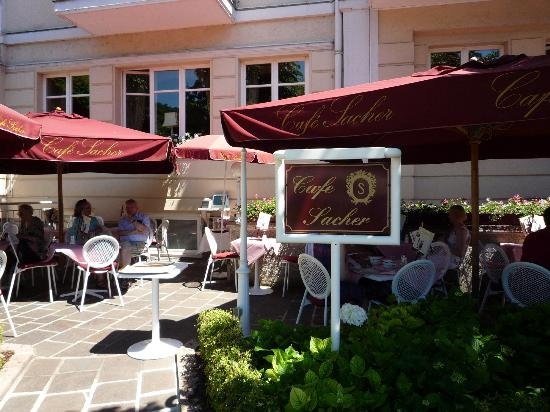 Clasico  - Picture of Cafe Sacher, Salzburg