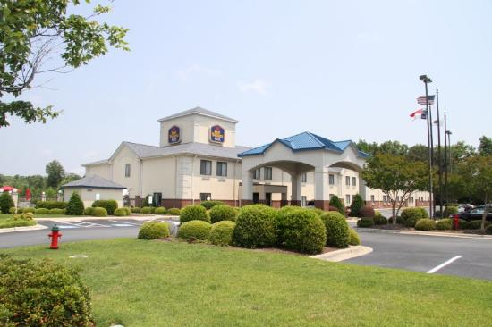 Photo of BEST WESTERN PLUS Suites Greenville
