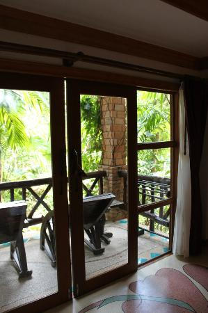 Somkiet Buri Resort: our room