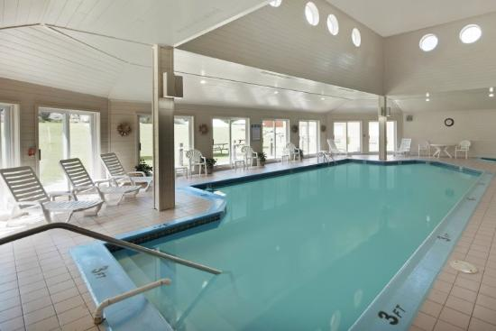 BEST WESTERN West Greenwich Inn: Pool