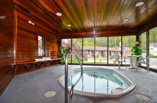 BEST WESTERN Hickok House: Indoor Spa