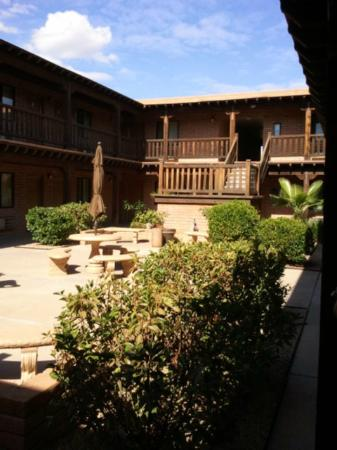 "Sierra Suites: ""B"" Building Courtyard"