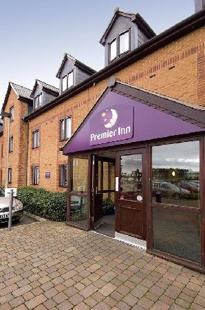 ‪Premier Inn Stafford North - Hurricane‬