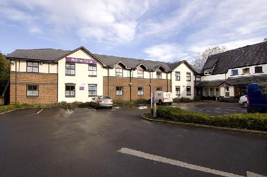 Premier Inn Stockport South