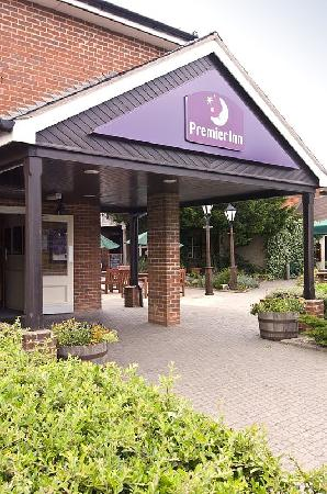 Photo of Premier Inn Swindon North