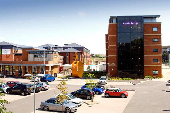 Premier Inn Wolverhampton City Centre - Bluebricks