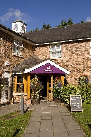 Premier Inn Wrexham North (A483) Hotel
