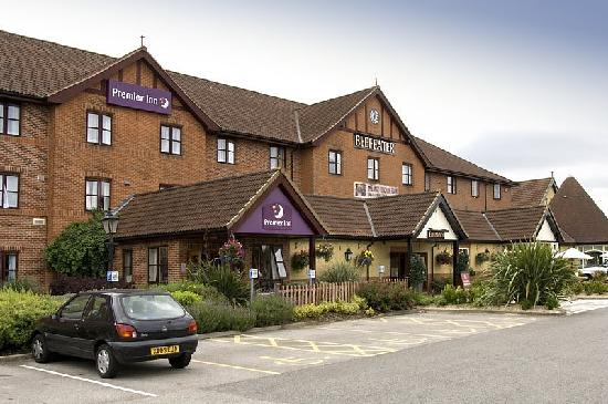 ‪Premier Inn York North West‬