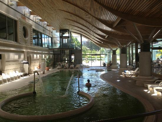 Spa aix picture of thermes nationaux d 39 aix les bains for Thermes spa