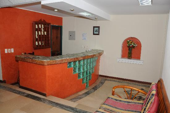 Hostal Vista Amazonas: Front-Desk