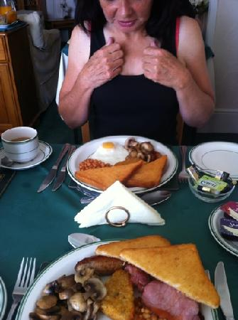 Channel View Guest House : now that's a breakfast :-)