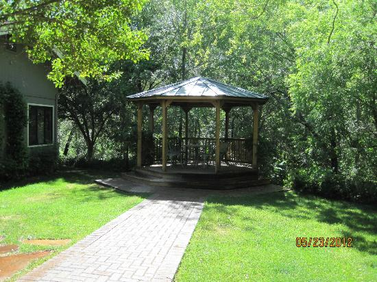 Creekside Inn at Sedona: Gazebo