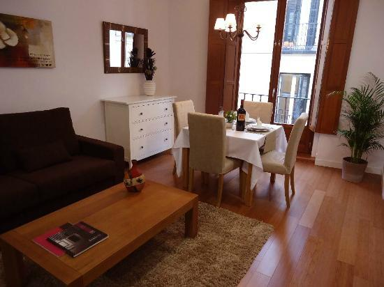 Photo of Apartamentos Madrid Huertas