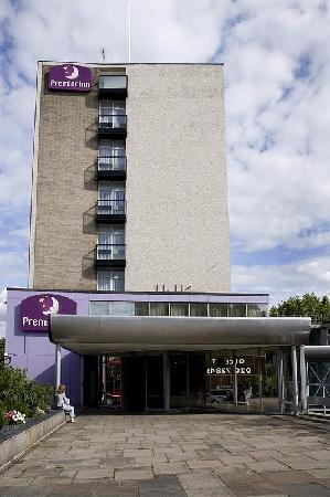 ‪Premier Inn London Putney Bridge‬