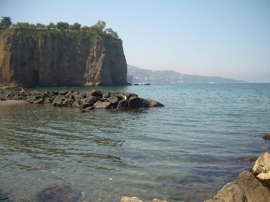 Villa Sorrento: beach