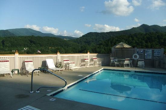BEST WESTERN Smoky Mountain Inn: Pool