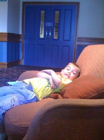 Carnoustie Golf Course Hotel: havin a snooze