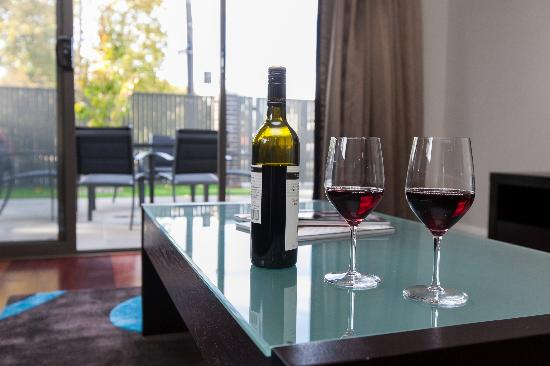 Abode Apartments Albury: Bright Relaxed Setting