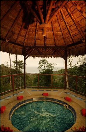 Samai Ocean View Lodge Spa: Jacuzzi