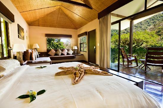 El Silencio Lodge & Spa is an All-Suite property.