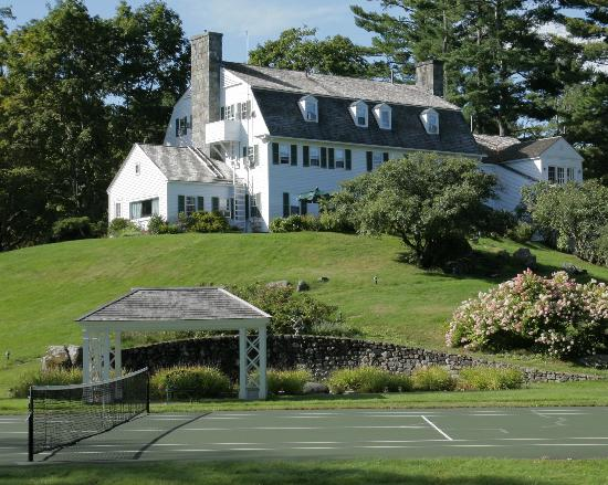 Adair Country Inn & Restaurant: Tennis Court in the White Mountains
