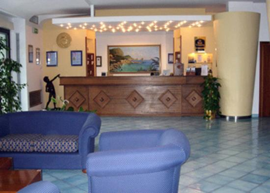 BEST WESTERN Hotel La Solara: Lobby